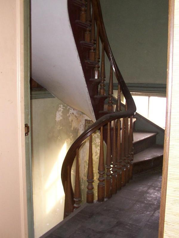 shmk_sunbury-st_douty_int_2flr_stairs